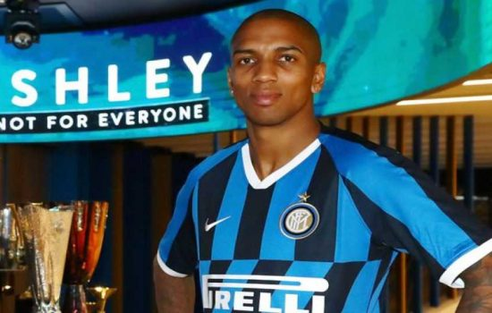Bek Inter Milan, Ashley Young