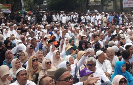 Sebanyak 10.000 Pendukung Prabowo-Sandi dari Jatim Mulai Bergerak ke Jakarta
